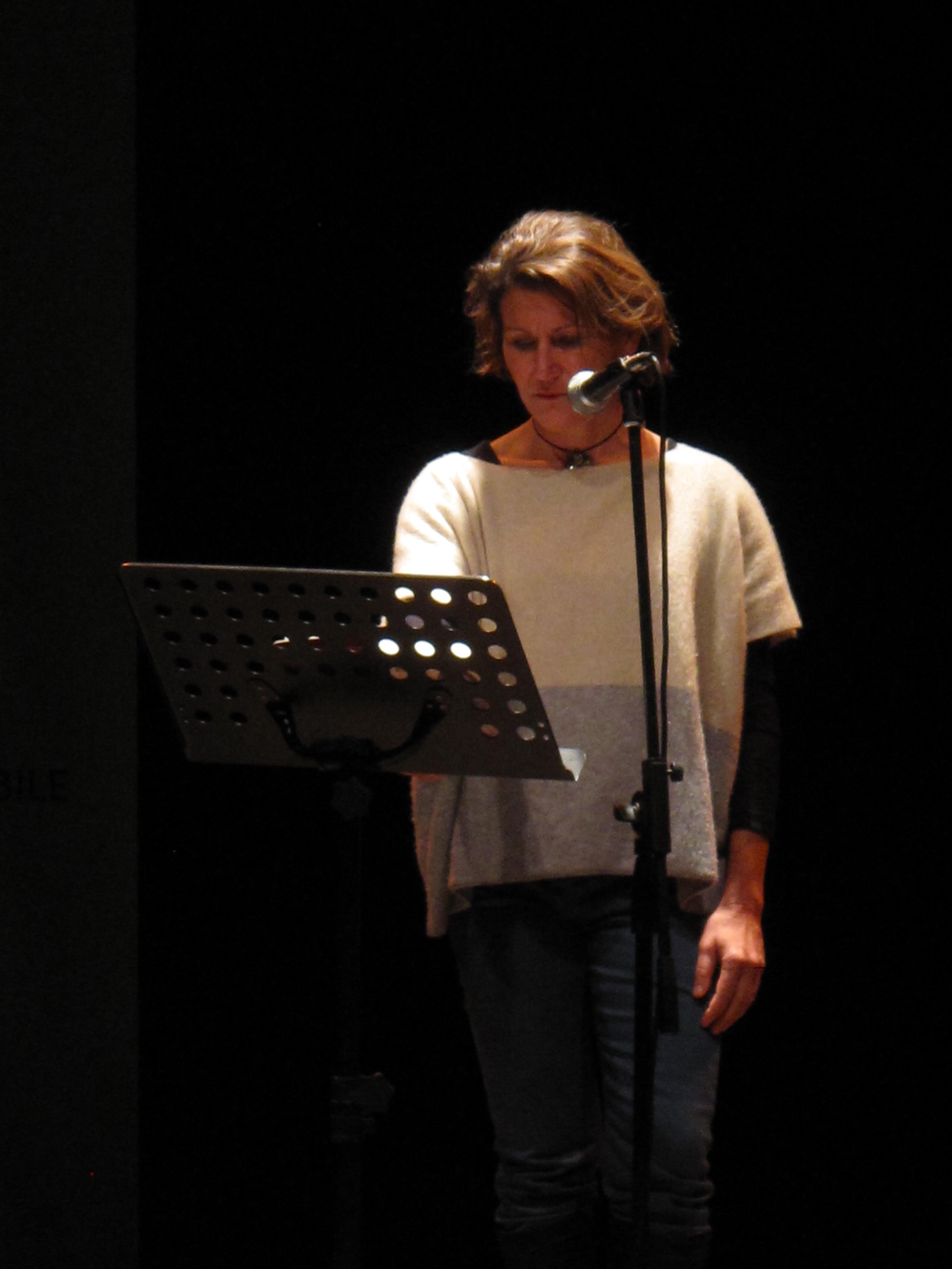 Gli scrittori sardi ricordano Sergio Atzeni, Giulia Clarkson, Teatro Massimo, Cagliari, 11 gennaio 2015
