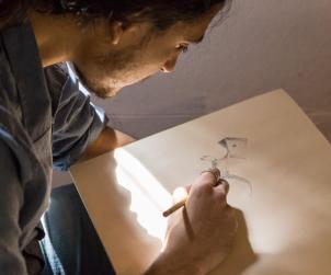 Madù (Mario Soddu) al lavoro, fotografia di Rodolfo Serpi©