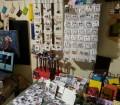 La bottega delle meraviglie,in primo piano le creazioni di Micettaminù e Colors. Cagliari a colori