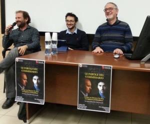Salvatore De Mola durante l'incontro con i lettori alla Facoltà di Scienze della Comunicazione di Cagliari il 22 gennaio.