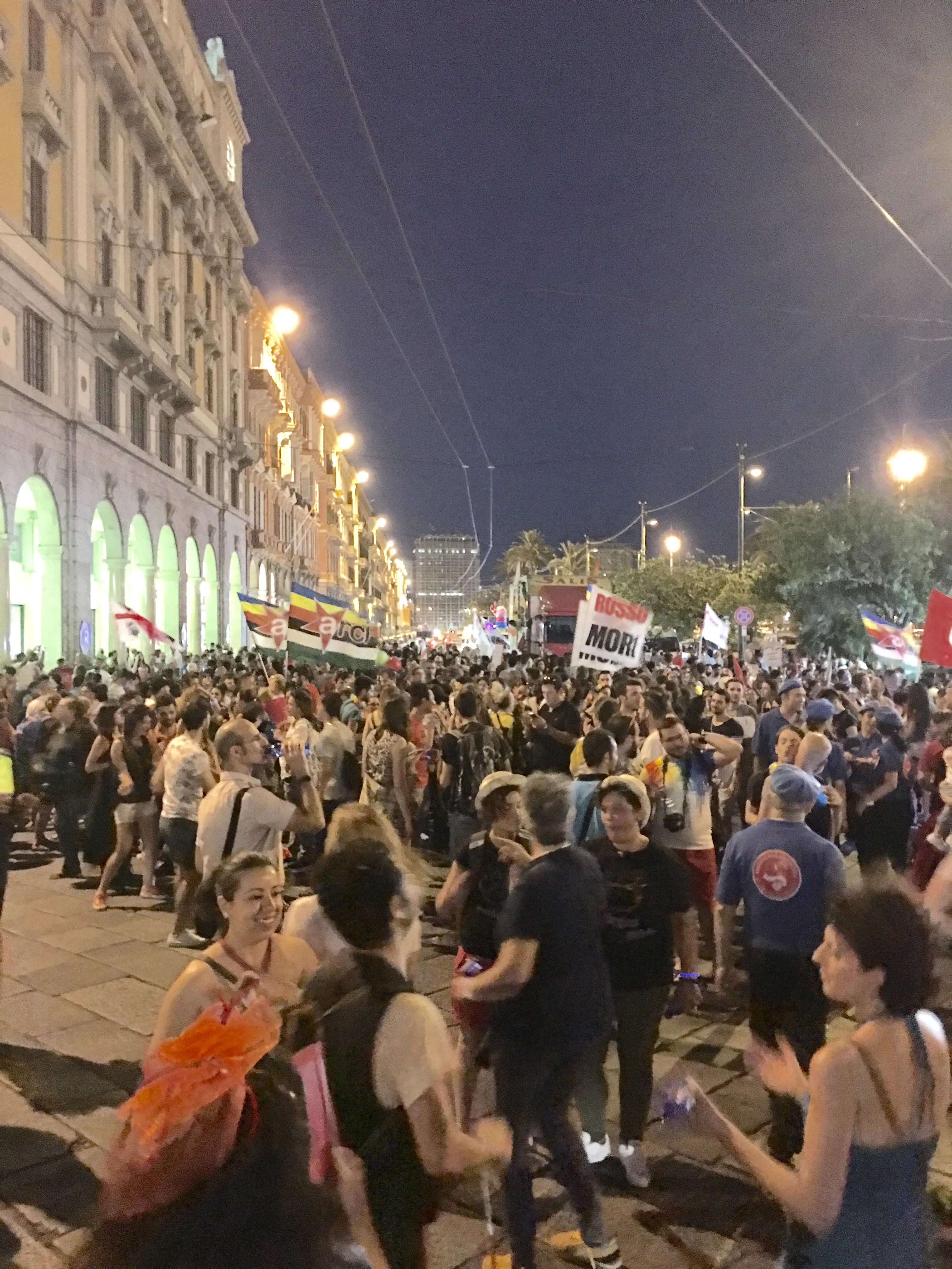 Sardegna Pride 2016, il corteo in via Roma a Cagliari.