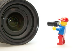 Il primo click. Consigli per esordienti della fotografia - www.mockupmagazine.it (CC0 Public Domain)