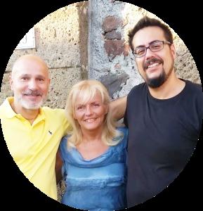 L'autore Roberto Colonnelli con Silvana Stremiz e il Direttore Creativo di MockUp Matteo Tuveri a Torre Alfina