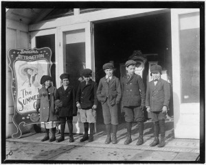 Bambini a Schenectady (N.Y.), 14 febbraio 1910, National Archives and Records Administration
