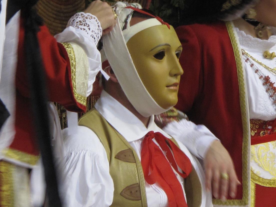 Sa Sartiglia 2013, Vestizione de Su Componidori, Gremio dei Contadini (Photo di Duranti©)