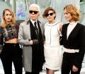 Chanel, Campagna handbags, (da sinistra) Alice Dellal, Karl Lagerfeld, Kristen Stewart e Vanessa Paradis (Photo by Chanel©)