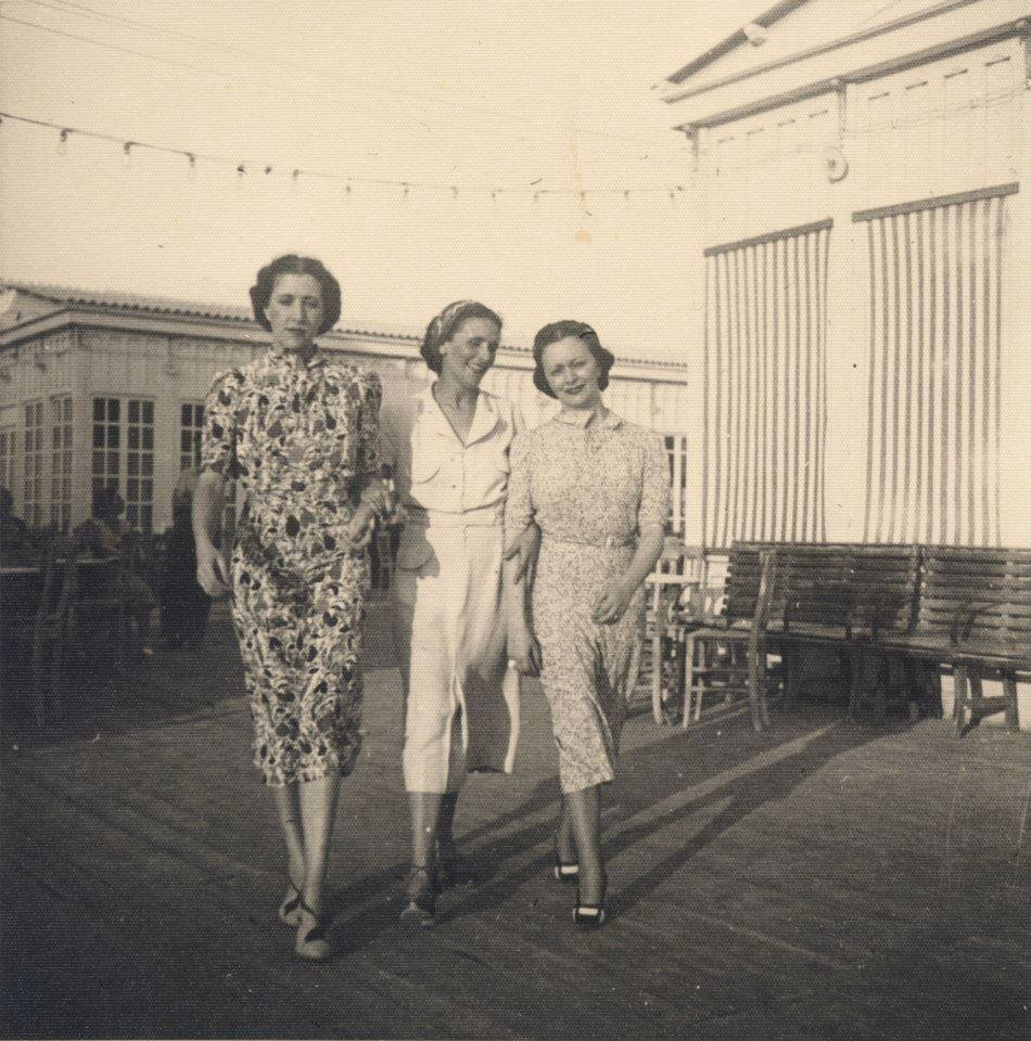 Iride, Lavinia ed Edina Altara a Cagliari nel 1937