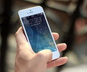 Un Iphone, CC0 Public Domain