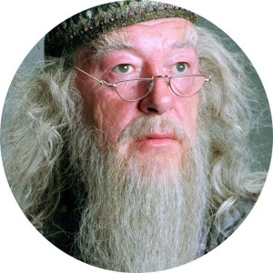 Albus Dumbledor interpretato da Michael Gambon.