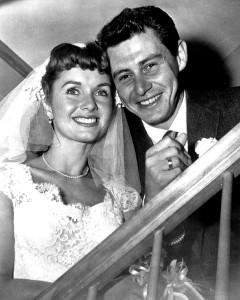 Debbie Reynolds e Eddie Fisher nel 1955 (Public Domain)