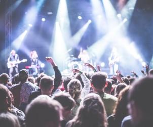 La musica della gente: veicolo di vita umana - www.mockupmagazine.it
