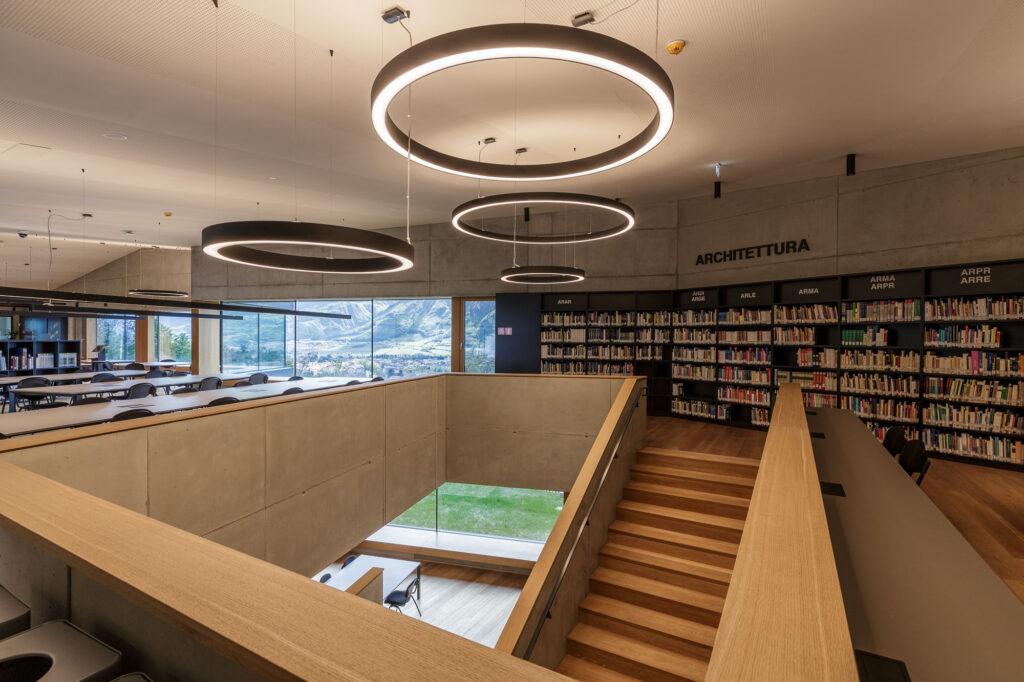 Università di Trento, Biblioteca universitaria Mesiano. Sale interne (©UniTrento Foto Pieluigi Cattani Faggion)